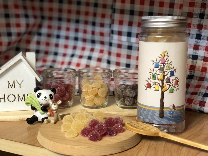 (複製)蜜甜本舖|幾米授權軟糖-擺盪/蜂百香桑椹軟糖