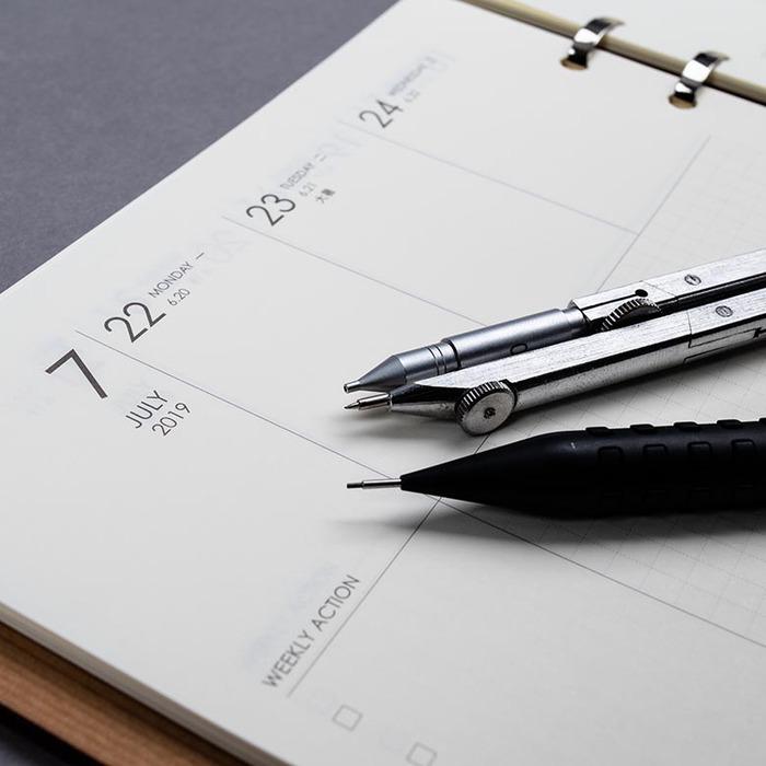 2019 手帳本 美國側柏 A5原木筆記本 附行事曆 Calendar Notebook