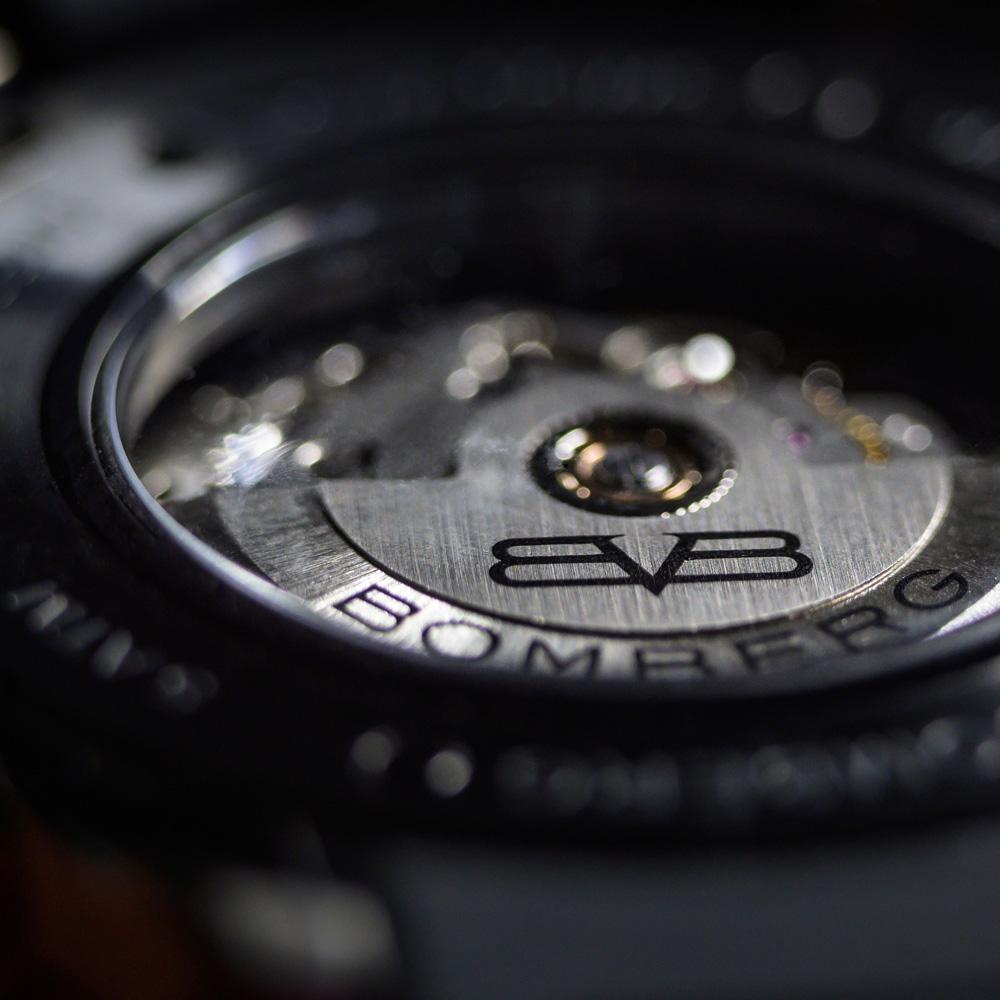 BOMBERG|BB-01 自動機械系列 墨西哥紅色骷髏自動大三針-錶徑 43mm