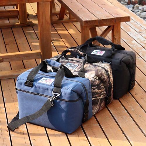 (複製)AO COOLERS|酷冷軟式輕量保冷後背包-18罐型-經典黑