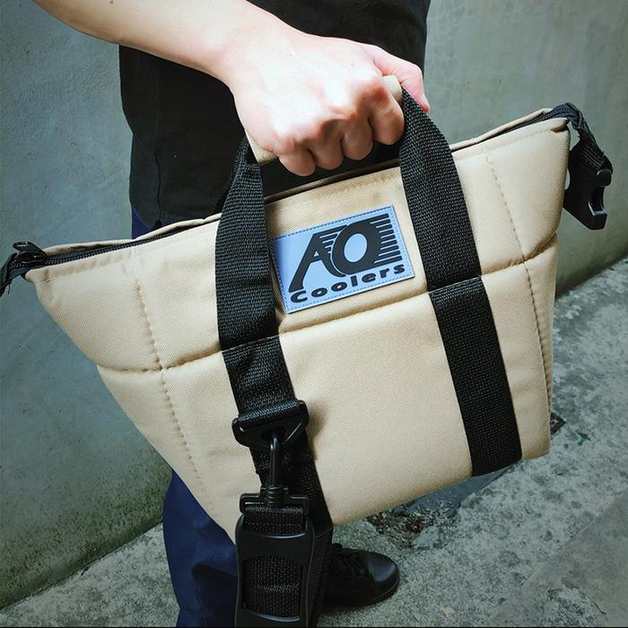 (複製)AO COOLERS|酷冷軟式輕量保冷托特包-6罐型 -經典帆布CANVAS系列 經典黑