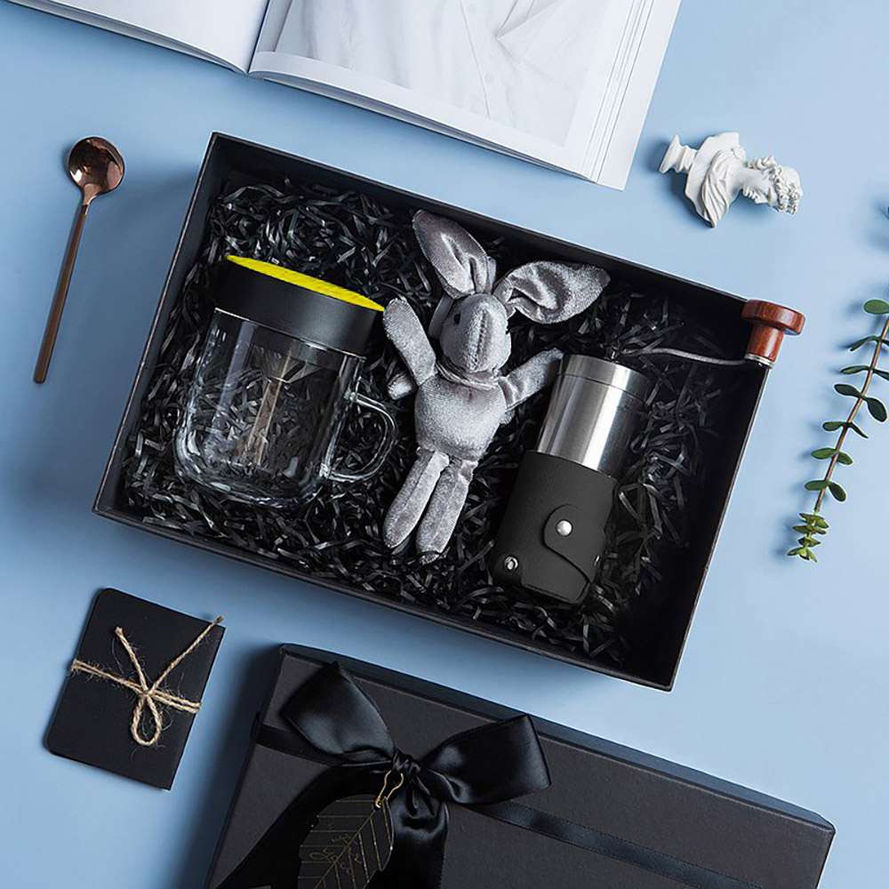 PO:Selected|丹麥手沖咖啡禮盒組(手動咖啡磨-黑/咖啡玻璃杯240ml-黃)