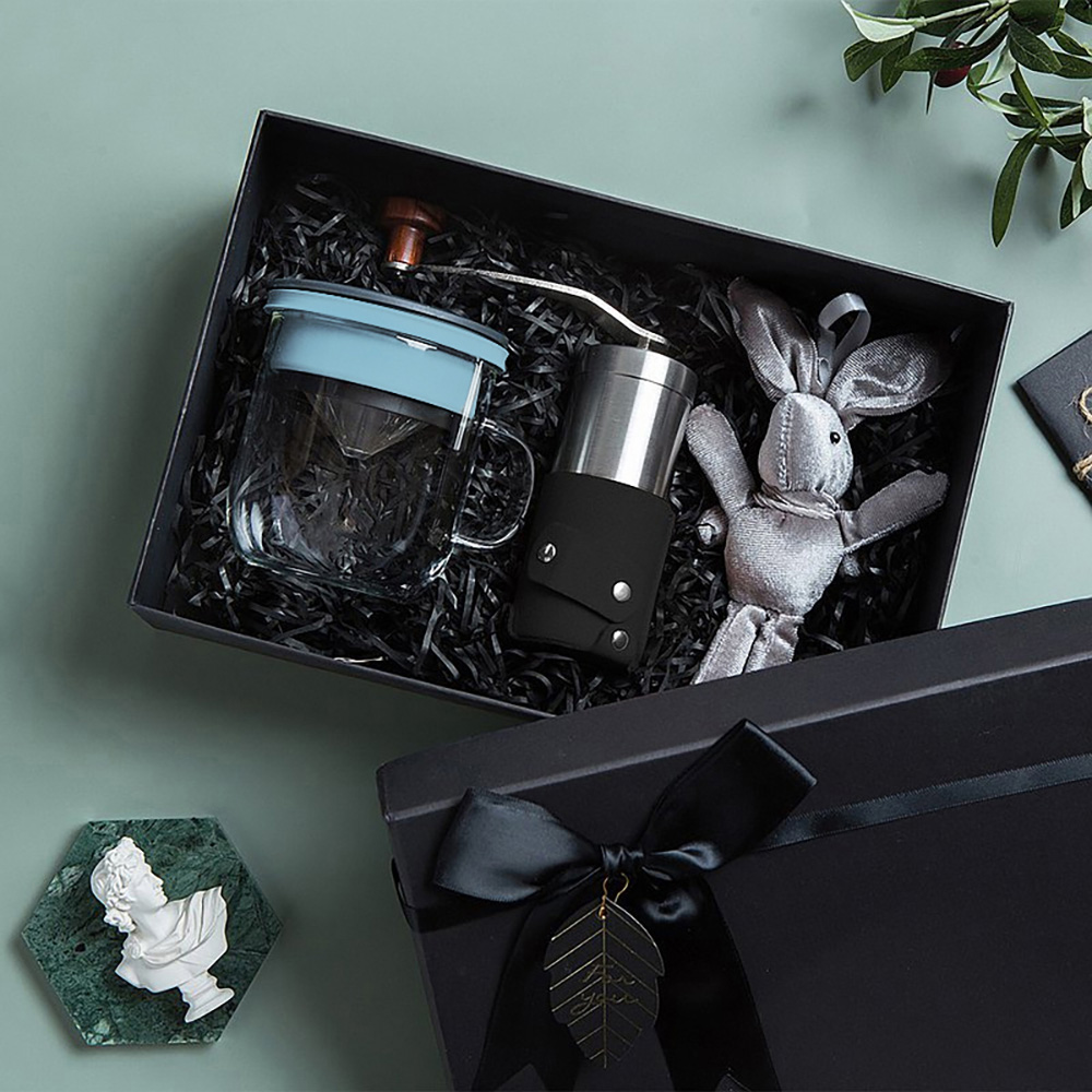 PO:Selected|丹麥手沖咖啡禮盒組(手動咖啡磨-黑/咖啡玻璃杯350ml-黑藍)