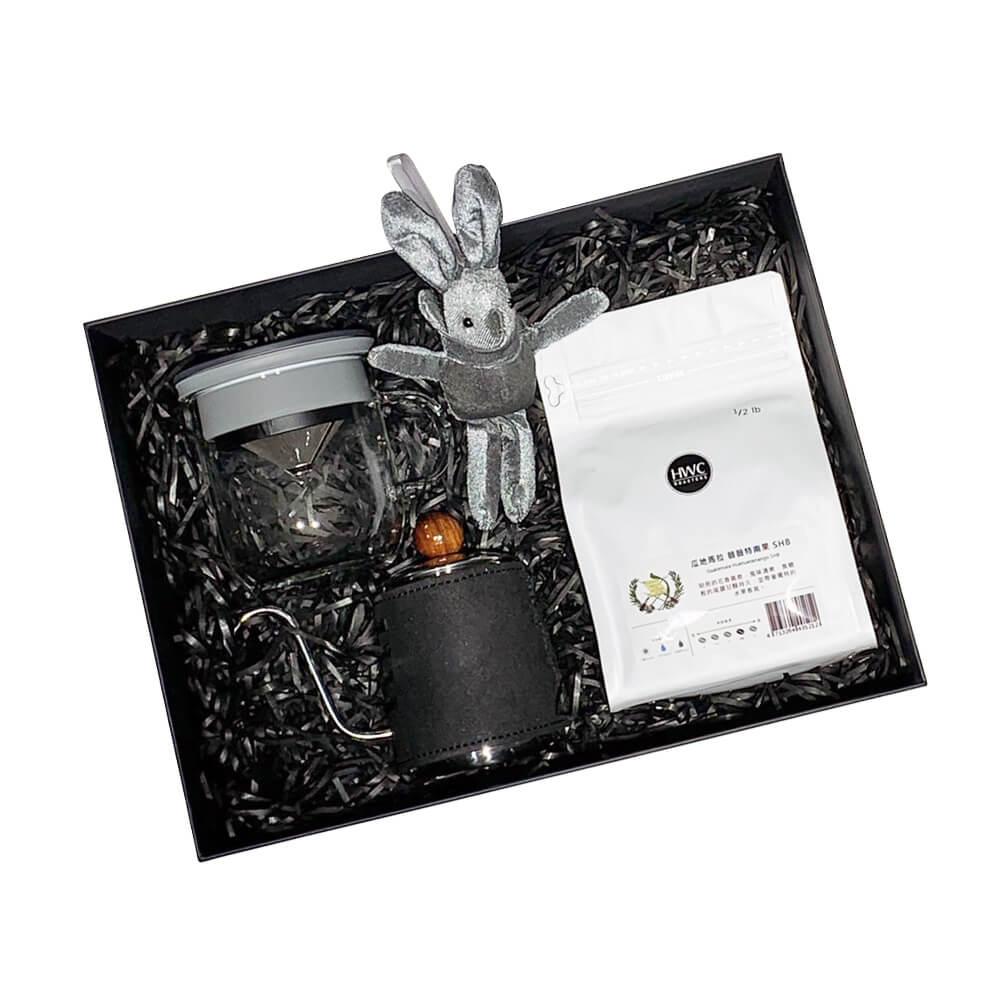 PO:Selected|即期品-丹麥POx黑沃薇薇特南果咖啡禮盒組(手沖壺-黑/咖啡杯350ml-黑灰)