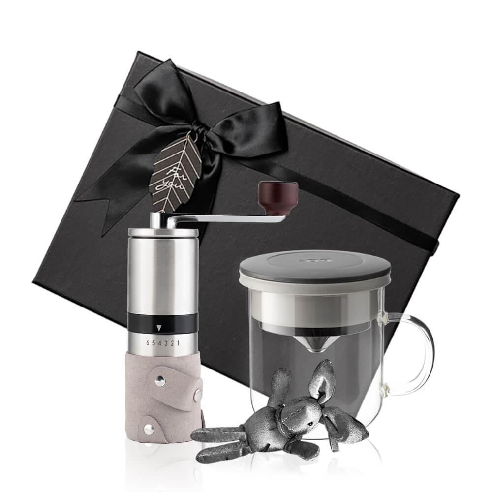 PO:Selected|丹麥手沖咖啡禮盒組(手動不鏽鋼咖啡磨2.0/咖啡玻璃杯350ml-黑灰)