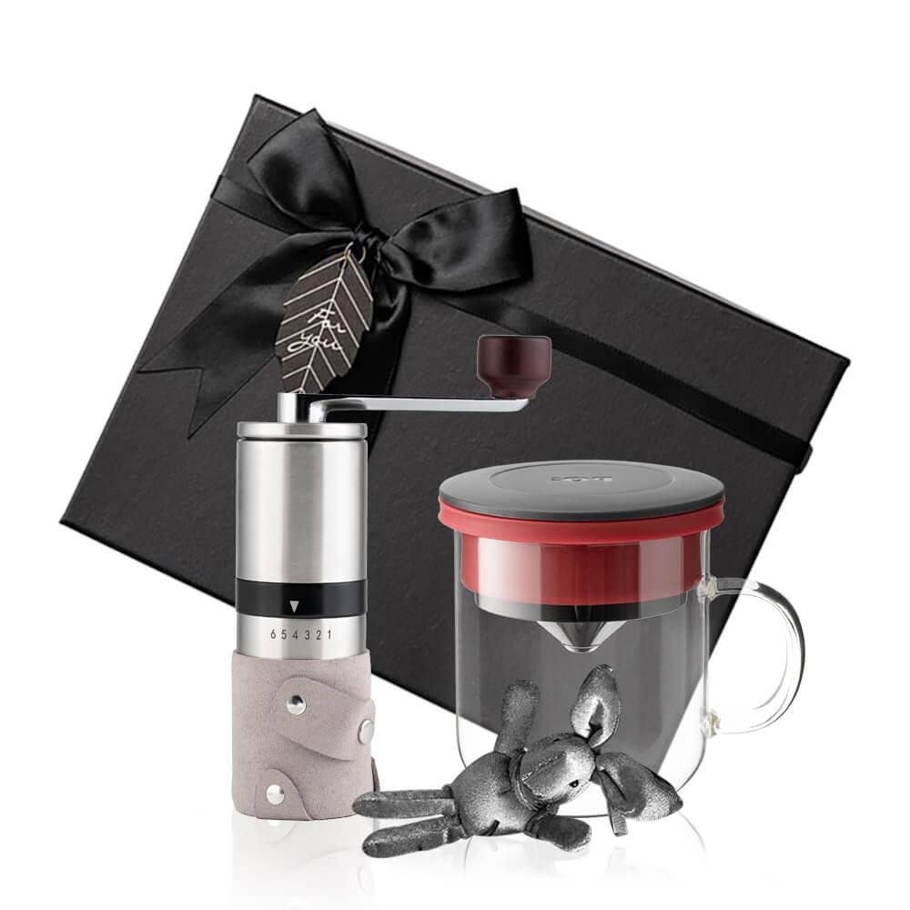 PO:Selected|丹麥手沖咖啡禮盒組(手動不鏽鋼咖啡磨2.0/咖啡玻璃杯350ml-黑紅)
