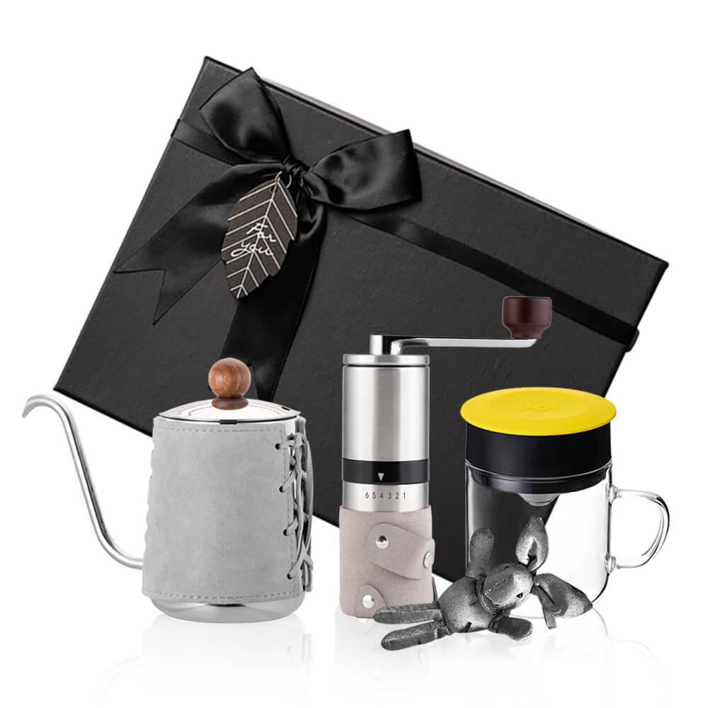 PO:Selected|丹麥手沖咖啡三件禮盒組(咖啡壺-灰/玻璃杯240ml-黃/咖啡磨2.0)