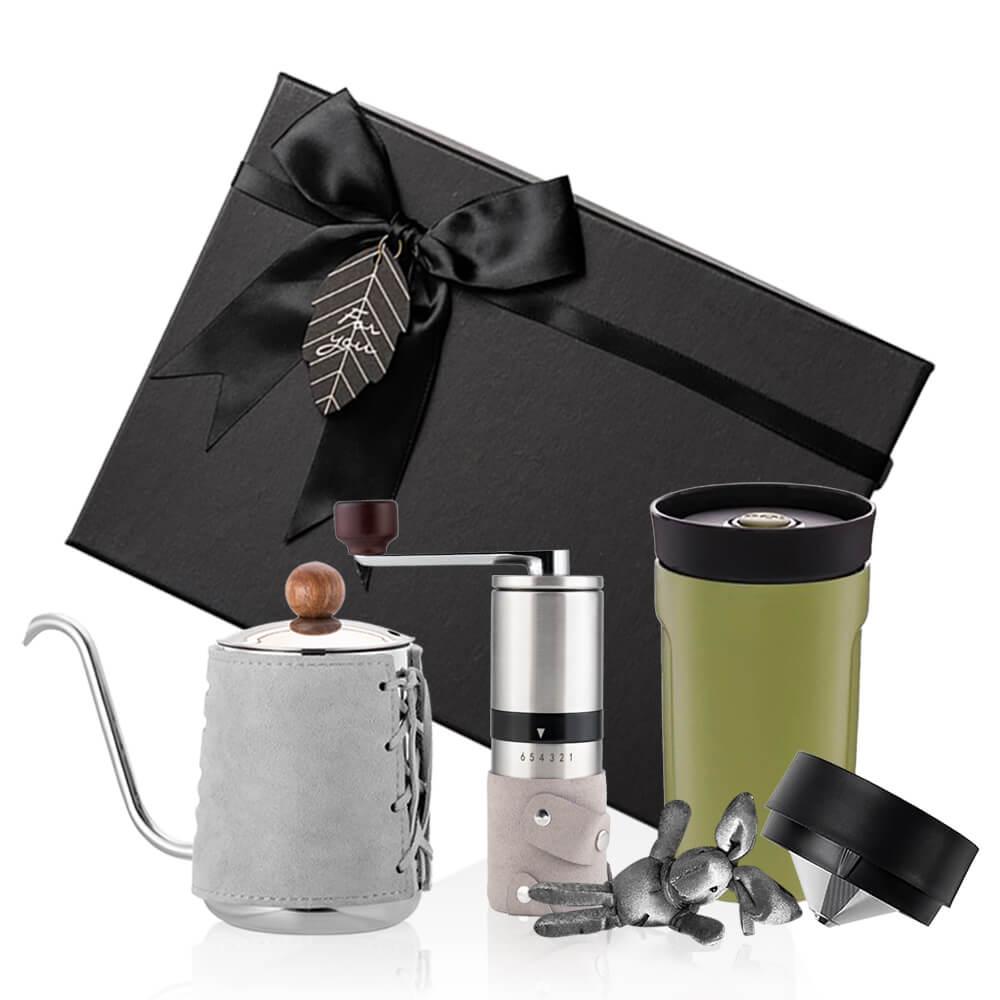 PO:Selected 丹麥手沖咖啡三件禮盒組(咖啡壺-灰/隨行保溫咖啡杯-綠/咖啡磨2.0)