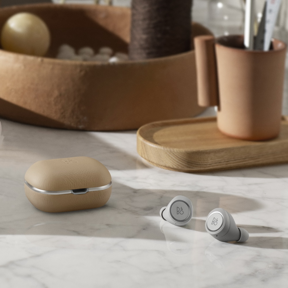 B&O E8 2.0 真無線藍牙音樂耳機 自然棕