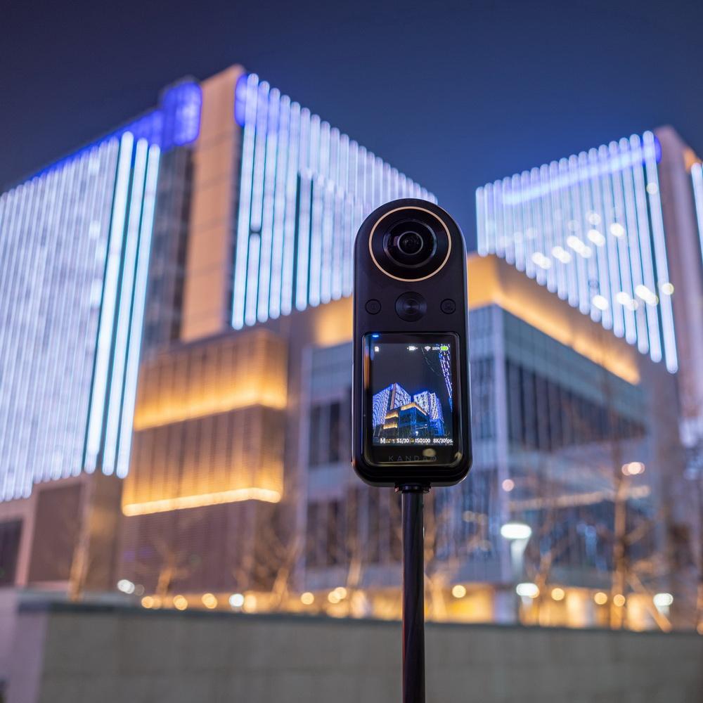 KANDAO看到科技 | QooCam 8K 360°全景攝影機