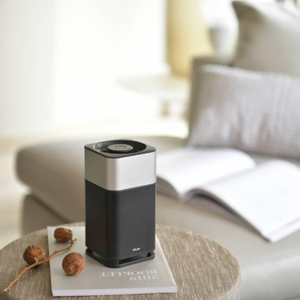 YFLife 圓方生活|AIR6 光觸媒空氣淨化器+AIRmini小鯨瓶(顏色隨機)組合