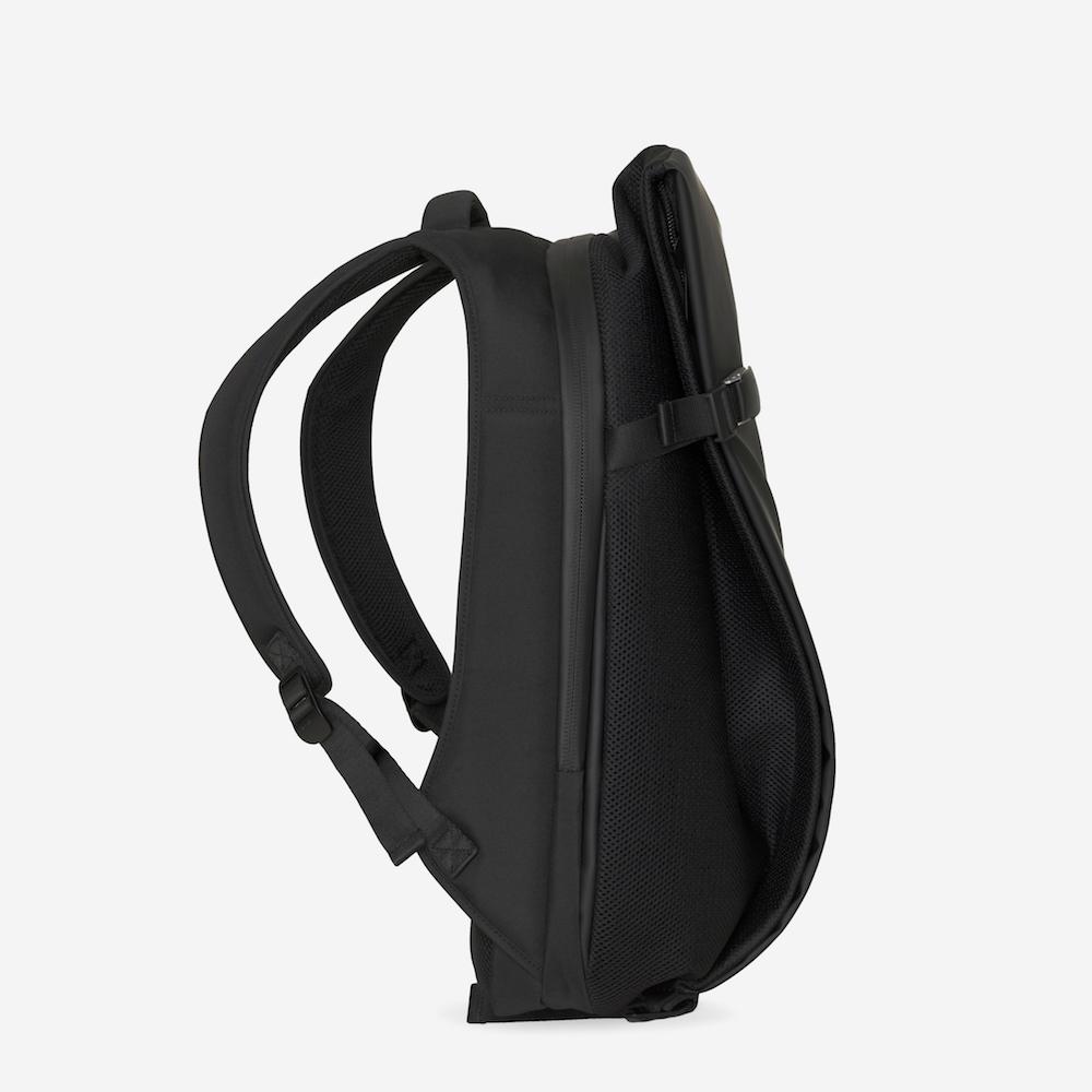 COTE&CIEL ISAR MEDIUM OBISIAN BLACK ISAR MEDIUM輕量防潑水機能後背包 - No.28620