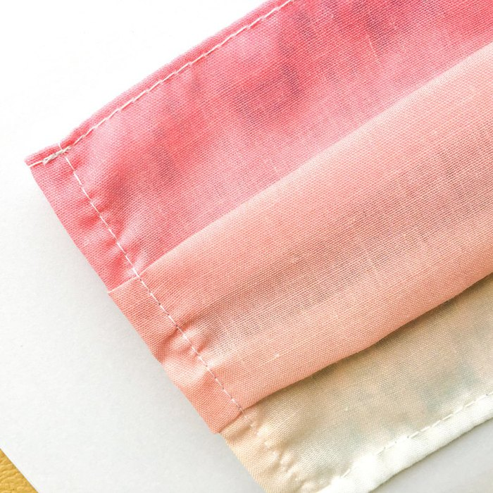捲毛力卡QUEMOLICA|粉紅口罩桃花爆棚顏質大提升布口罩套-旋轉木馬