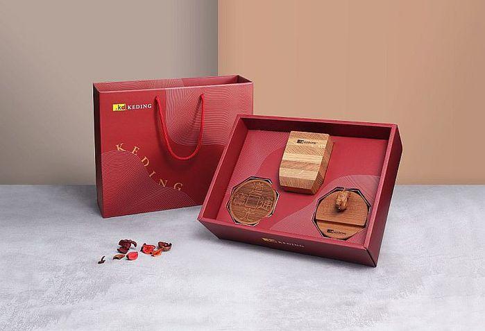 (複製)KD科定|精緻實木禮盒_木盒、筆筒、手機名片兩用架、杯墊2入