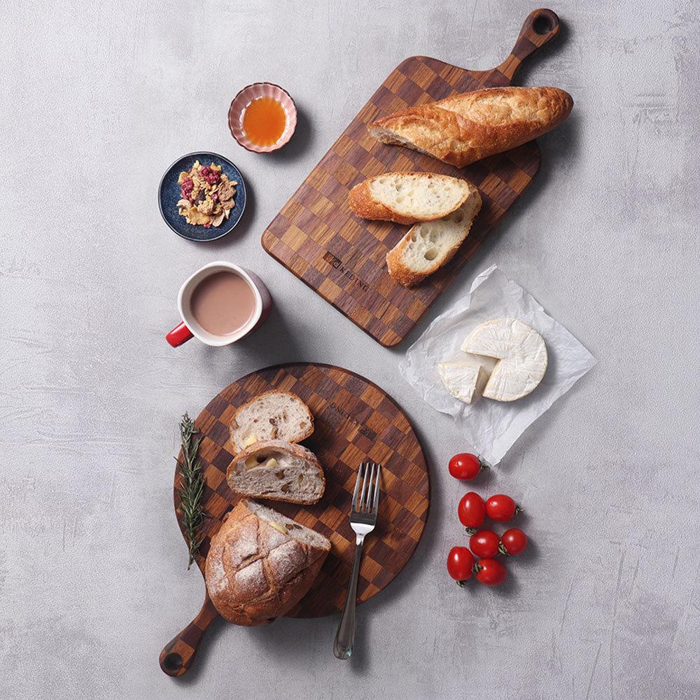 KD科定|文創小品_木餐盤_小_圓型格子款深棕色_砧板、麵包盤、起司盤