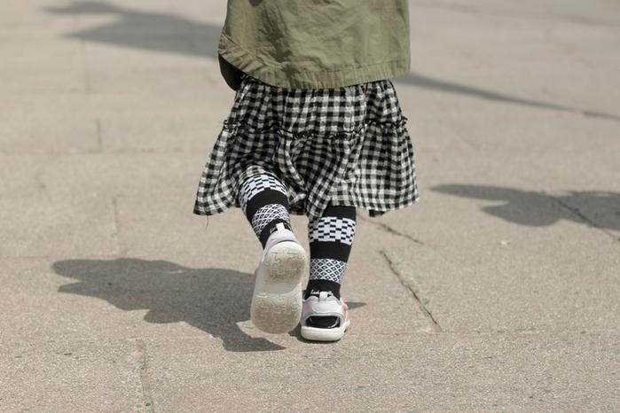 Leeds weather|FUN.童襪、Kids Socks.台灣製造(Drizzle Feeling、 黑白復古圖騰 )