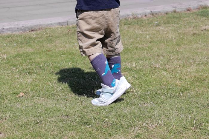 (複製)Leeds weather|FUN.童襪、Kids Socks.台灣製造(Drizzle Feeling、 黑白復古圖騰 )