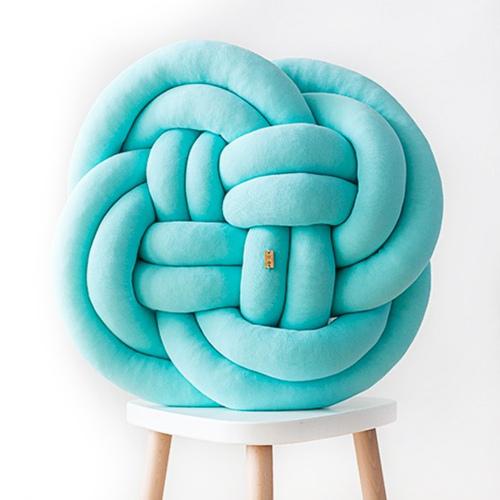 Wood'n'Wool|波蘭纏繞抱枕 - 花朵款(土耳其藍)