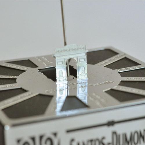 Aerobase|不鏽鋼高質感金屬蝕刻模型 自動旋轉飛行船(1/1000)