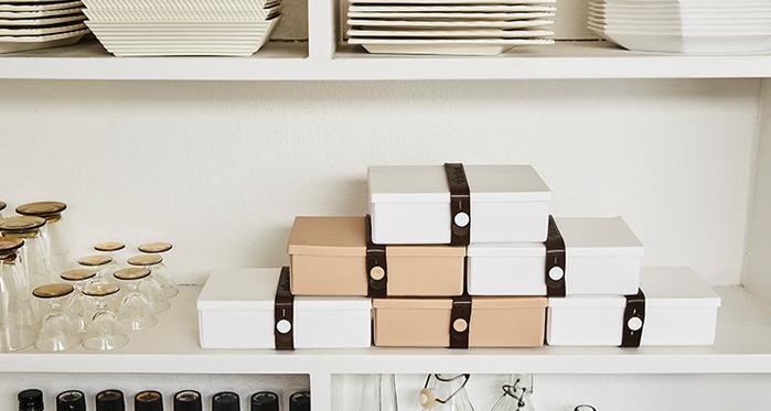 丹麥 uhmm|可折疊攤平式環保粉色x白色扣環環保保鮮盒(900ml)