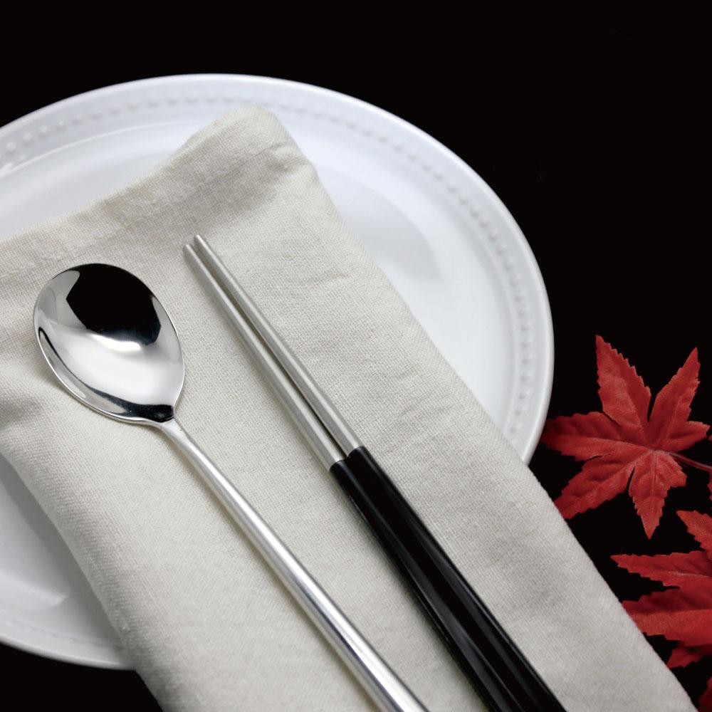 台箸 KUAI ZHU|不鏽鋼四角嵌合筷匙餐具組 沉穩黑
