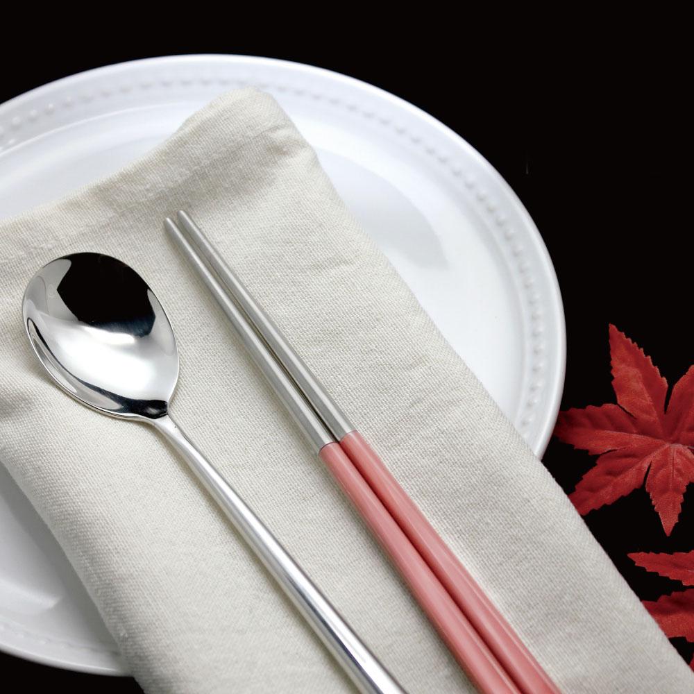 台箸 KUAI ZHU|不鏽鋼四角嵌合筷匙餐具組 藕粉