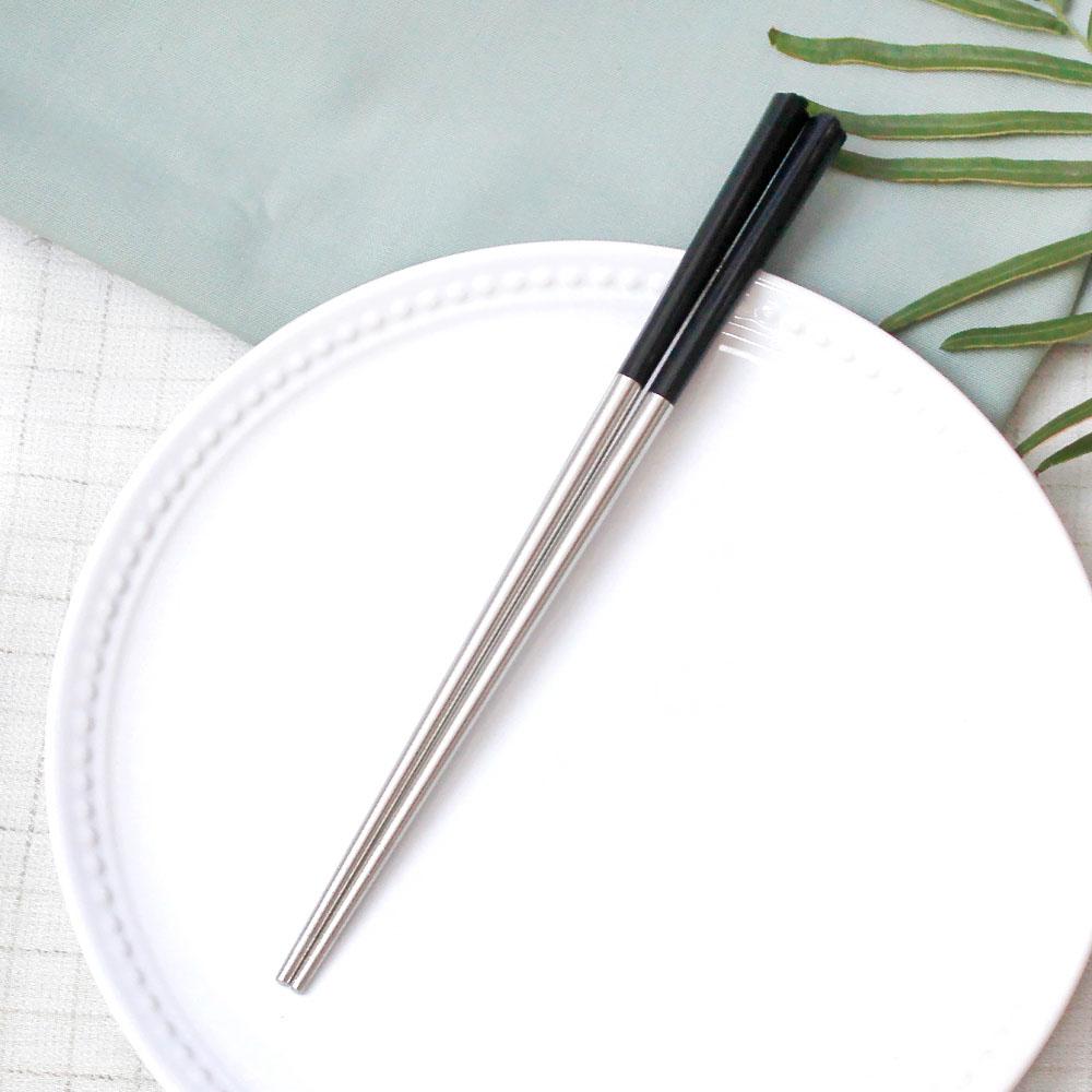 台箸 KUAI ZHU|花瓣不銹鋼筷5入(沈黑)
