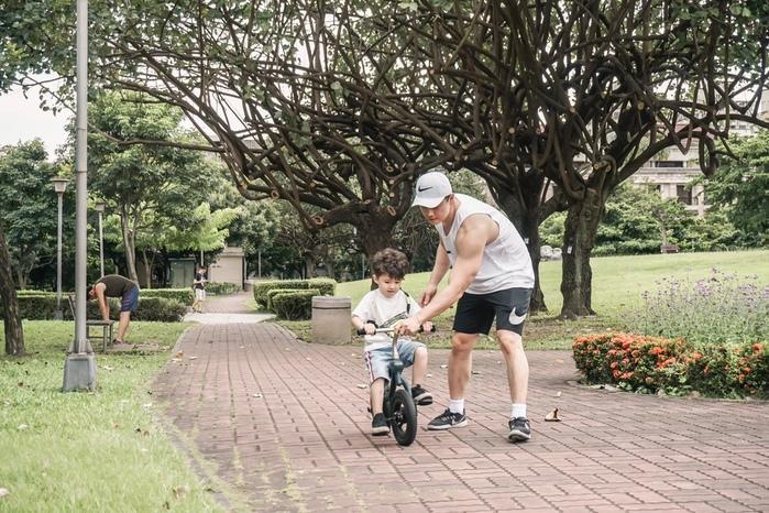 (複製)rollybike|二合一平衡學習車 森林綠 (單車版)