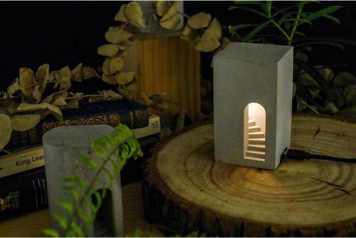 Timestone|夢徑-Plus|水泥 迴旋階梯燈|造型小夜燈