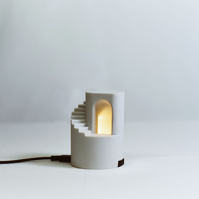 (複製)Timestone|夢徑-Plus 清水模水泥迴旋階梯小夜燈