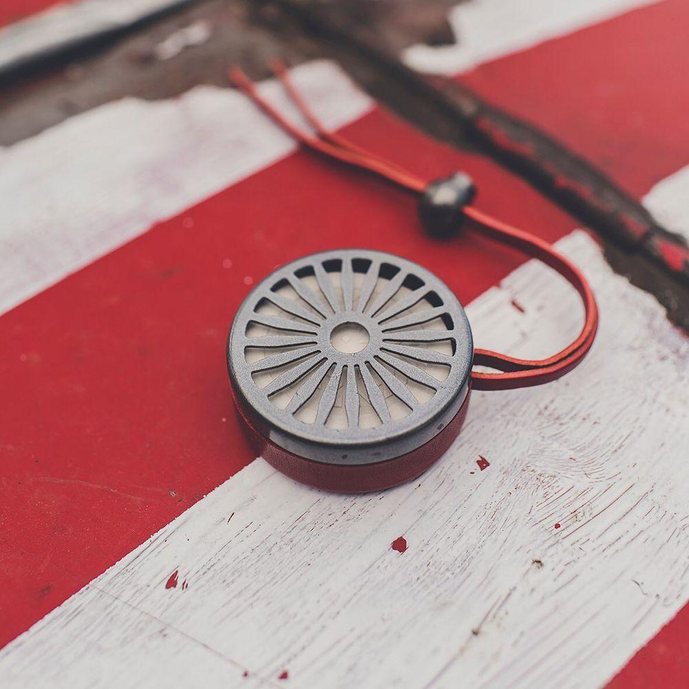 Charabanc 豪華車用擴香組 - 信號紅 (奔馳在紀念碑谷)