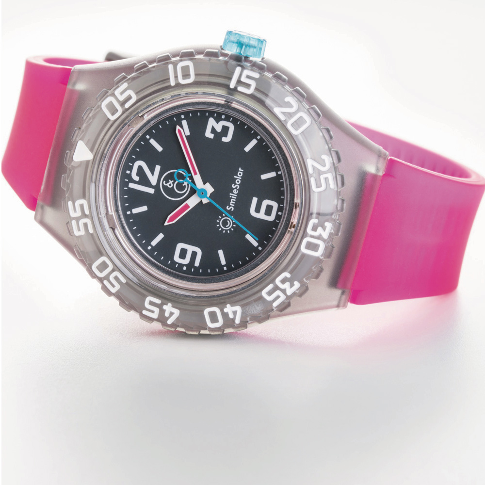 Q&Q SmileSolar 剉冰潛水系列 004 太陽能潛水錶 草莓果醬 45mm