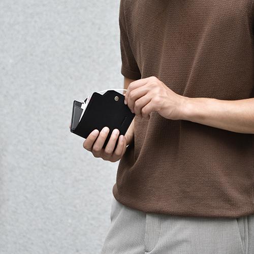 Aholic|皮革口罩收納夾 - 黑色