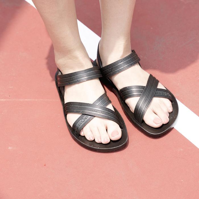 blackOut|訂製X系列涼鞋-素色款-黑底+黑鞋帶
