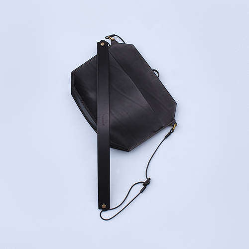 greenroom|WALDEN 防潑水皮革輕量機能包(黑色)