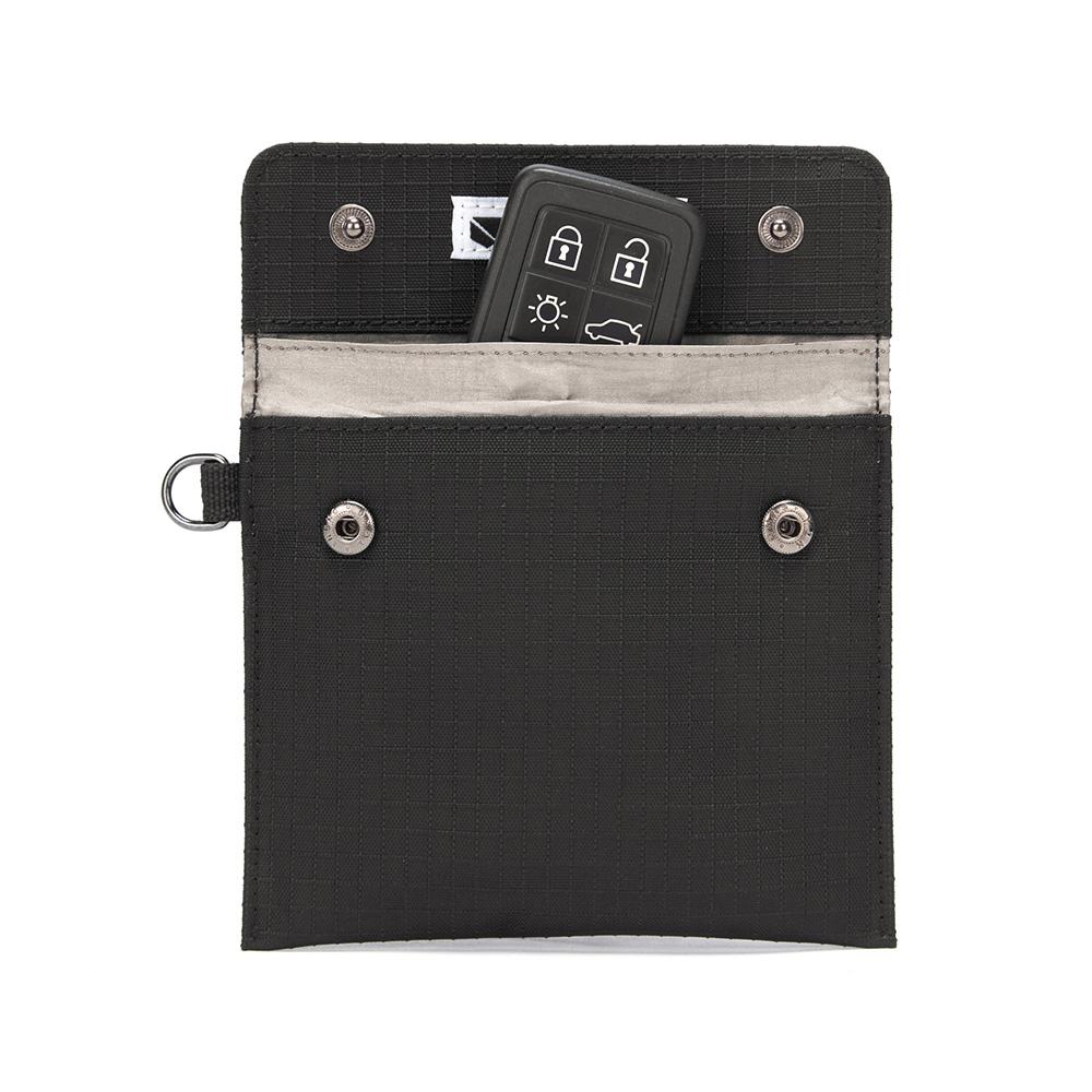 澳洲 Pacsafe RFIDsafe晶片防側錄 汽車鑰匙靜音保護袋