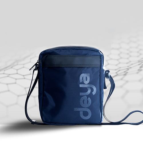 deya 抗菌零接觸側背包 - 海軍藍
