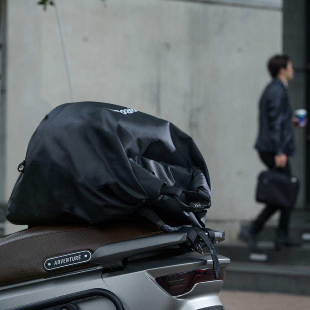 UGET2|ROROBAG 捲捲帽包 (消光黑)