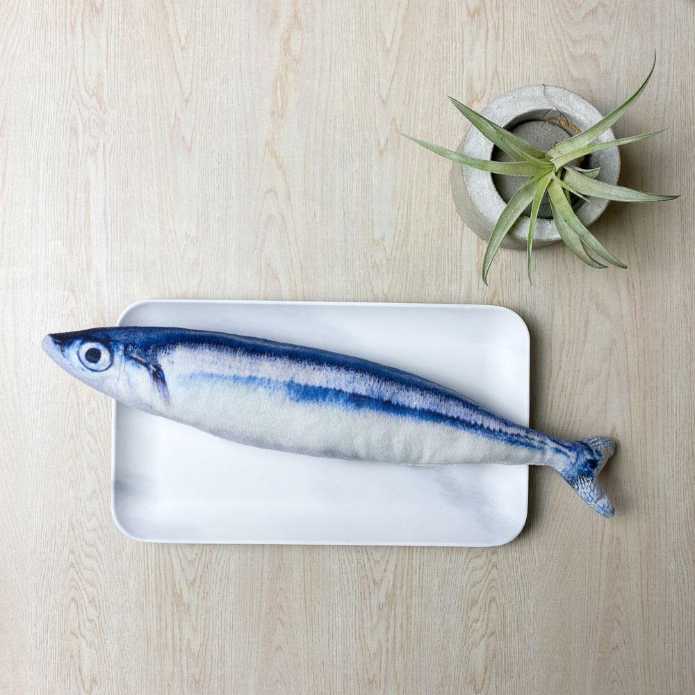 LINGO 絨毛仿真秋刀魚 寵物玩具