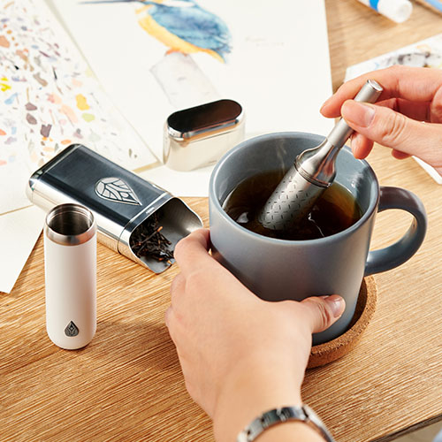 初芳宇|聖誕套組:磁吸沏茶筆+茶則罐(月牙白)