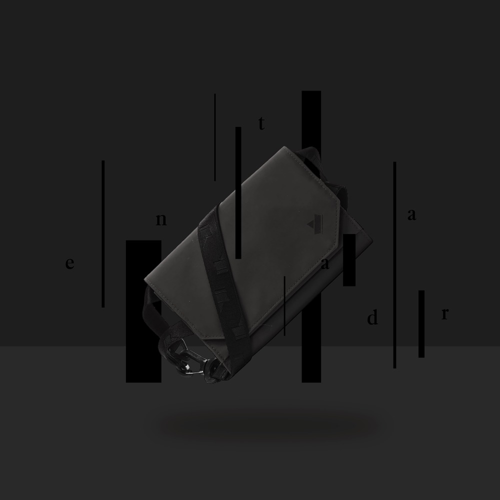 Entadar 多功能超核心機能 斜背/側背小包 - 霧黑