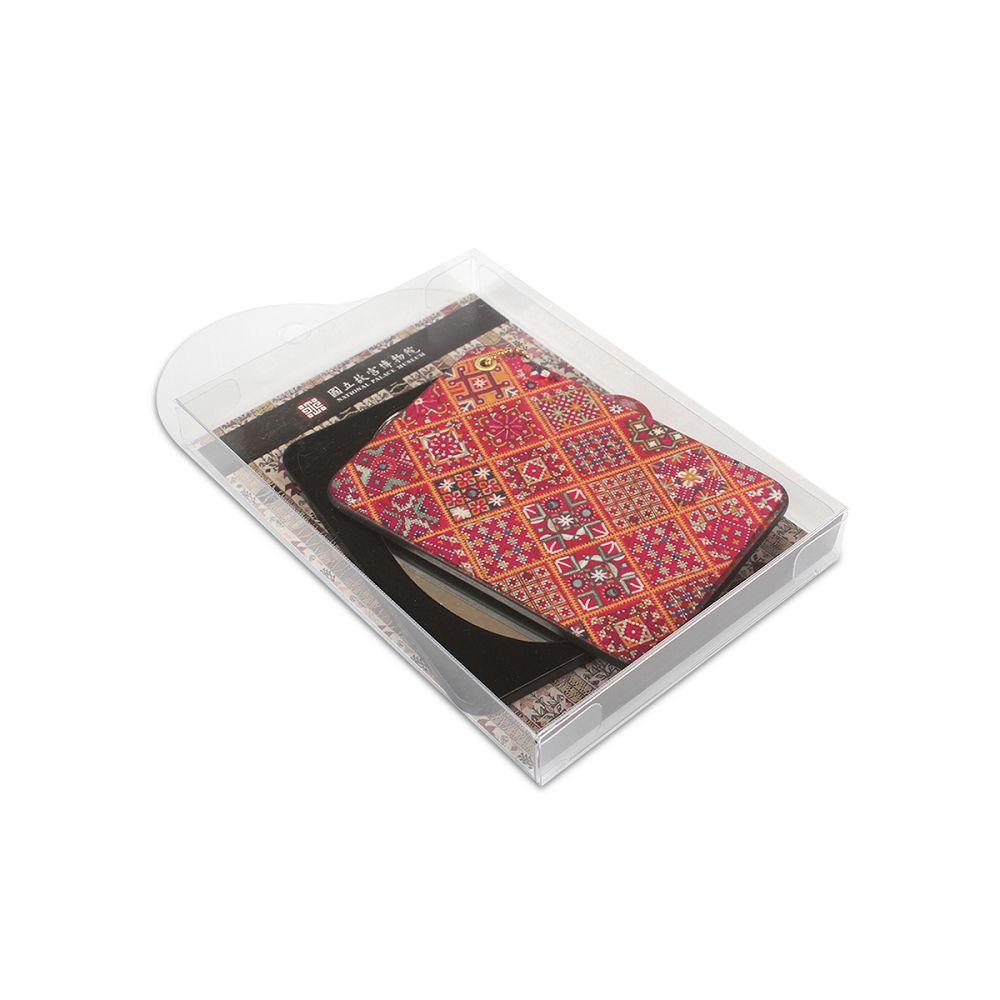 故宮精品 滑蓋方鏡紅地刺繡