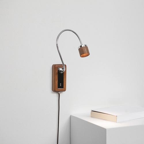 台電文創|Whims E010 LED床頭閱讀壁燈 退役木橫擔 淺色