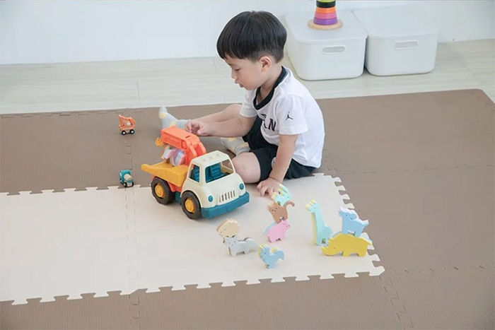 PatoPato 嬰幼兒專用馬卡龍60x60x2cm雙色地墊 - 可可&奶茶 - 箱購12片裝