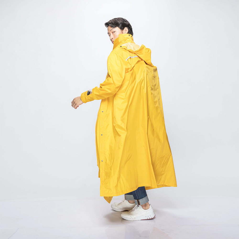 MORR|超防水-腹部不積水-Slashie 斜前開雨衣(復古黃)