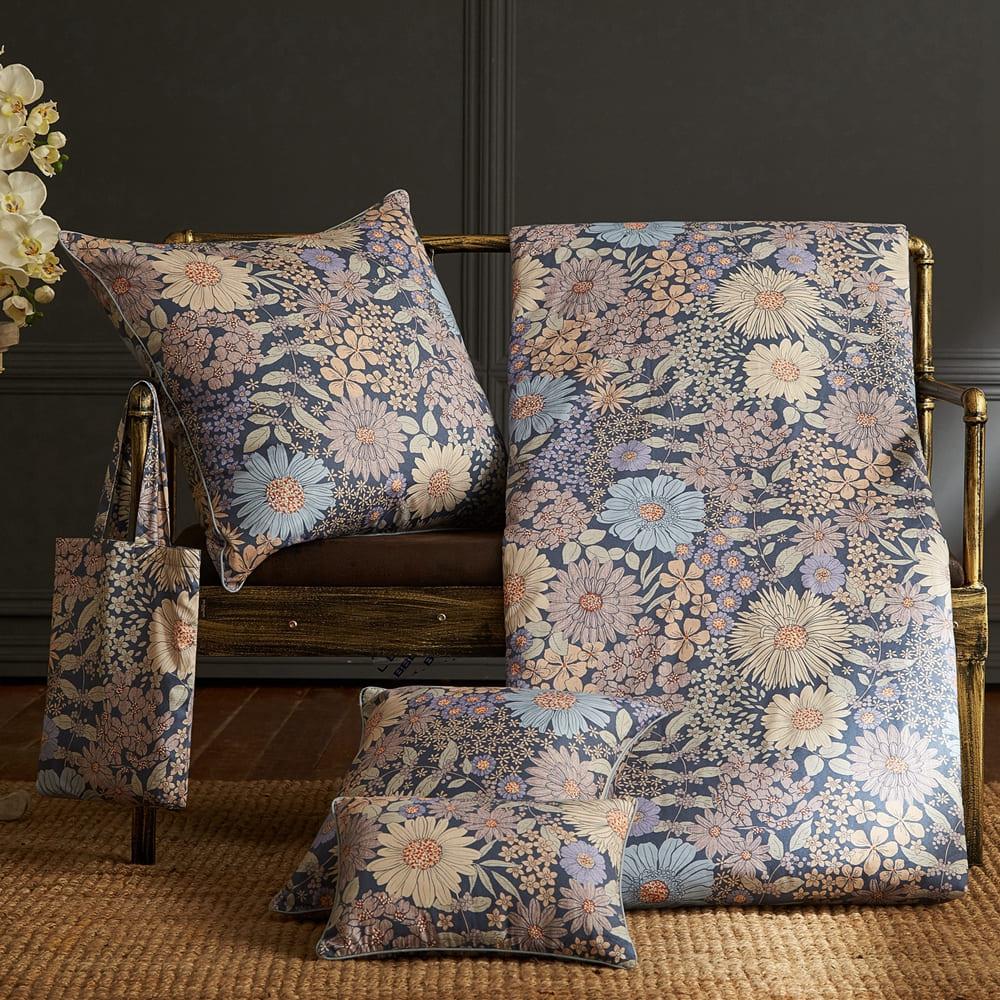 BBL Premium 100%棉.印花方型抱枕(含枕芯)一個-花火盛艷