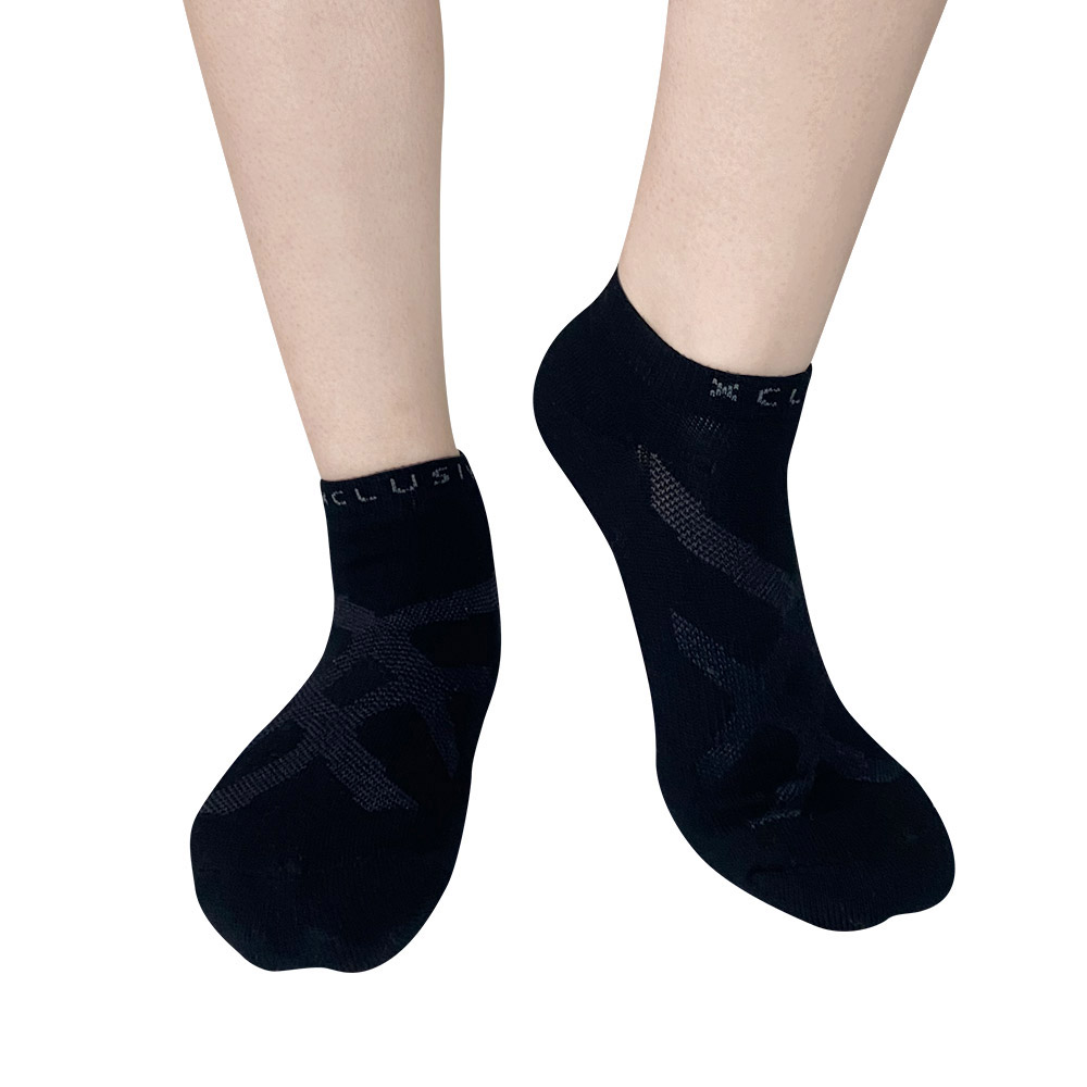 XCLUSIV|PREMAZN 抑菌除臭抗敏照護踝襪-奧地利天絲/氧化鋅(黑色)