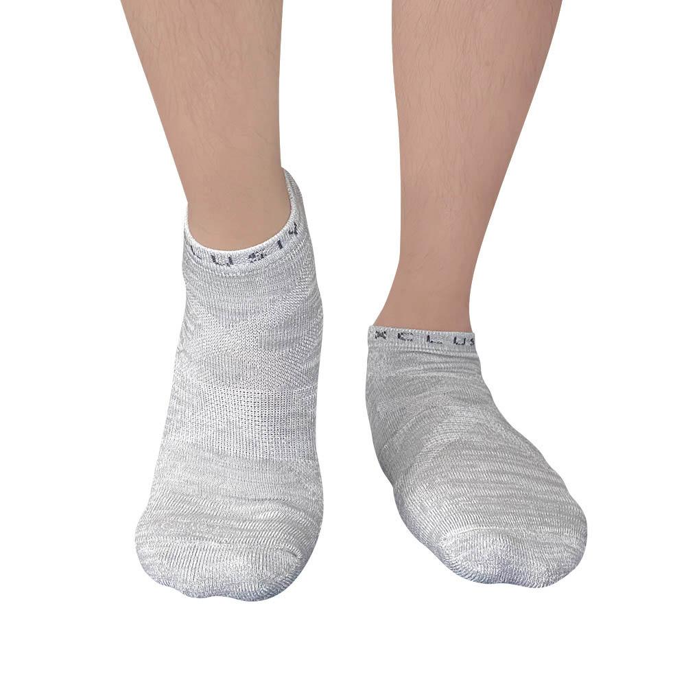 XCLUSIV PREMAZN 抑菌除臭抗敏照護踝襪-奧地利天絲/氧化鋅(3雙組-黑+白+灰)